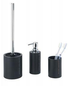 Das edle Badaccessoire-Set Diamond in schwarz ist aus hochwertiger Polyresin und ist mit eleganten Strasssteinen besetzt. Es besteht aus einem Seifenspender, einem Zahnputzbecher und einer WC-Garnitur. Gesehen für € 36,99 bei kloundco.de.