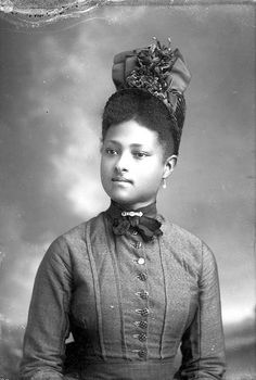 African American woman with bonnet