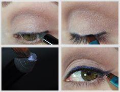 Use um lápis de olhos para fazer um delineado azul poderoso.