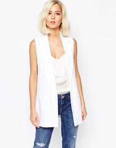 Sleeveless white jacket