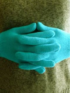 How to Make Hand-Warming Gloves