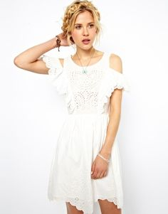 ASOS Summer Dress With Brodeire Panel And Off Shoulder.after. before. party. wedding. low cost short bride dress. boho style