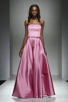 LAURA MANCINI - SS17 • Arab Fashion Week