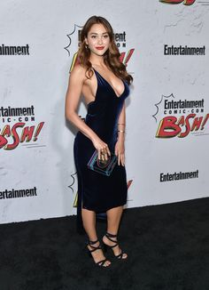 Lindsey Morgan - Lindsey Morgan Photos - Entertainment Weekly Hosts Its Annual Comic-Con Party at FLOAT at the Hard Rock Hotel - Zimbio Girl Celebrities, Beautiful Celebrities, Beautiful Actresses, Celebs, Lindsay Morgan, Non Blondes, Hot Brunette, I Love Girls, Hollywood