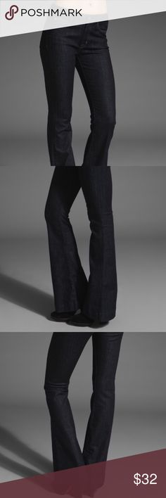"""Hudson Jeans Marisa Flare Trouser in Broadway Hudson Jeans Marisa Flare Trouser Jean in Broadway color. Size 25.   Approximate measurements: Waist: 14"""" Rise: 9"""" Inseam: 34"""" Foot opening: 10""""  In excellent condition. No holes, stains or damage.  FAST shipping! Same or next day shipping, always! Thanks for looking! Hudson Jeans Jeans Flare & Wide Leg"""