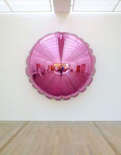 Jeff Koons, Moon (Light Pink), 1995–2000.