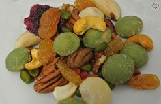 Slider, Dm, Lokal, Raw Food Recipes, Dairy, Restaurant, Cheese, Dried Apricots, Figs