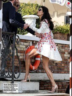 Amal Clooney in Giambattista Valli Spring 2014 with Giambattista Valli S/S 2014 slingback pumps - Post wedding brunch, September 2014