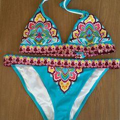 Victoria ' s Secret bikini New without tags. Size L Victoria's Secret Swim Bikinis