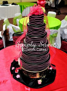 hot pink and black wedding - Possible idea for christi & shaun Different Kinds Of Cakes, Limo Party, 10th Birthday, Birthday Ideas, Hot Pink Weddings, Dream Wedding, Wedding Stuff, Cute Cakes, Wedding Wishes