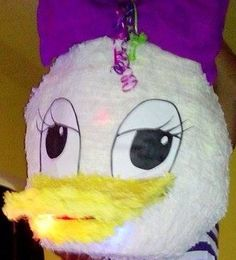 Daisy Duck piñata