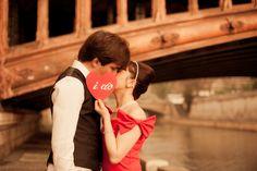 Juliane Berry - Paris Engagement Photographer