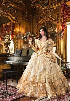 Benutzerdefinierte Belle gehobenen Erwachsenen von RomanticThreads