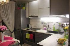 *** worktop-fridge corner/border = none Outdoor Kitchen Design, Kitchen Decor, Small House Decorating, Restaurant Interior Design, Small Rooms, Interior Design Living Room, Kitchen Remodel, Kitchen Cabinets, Home Decor