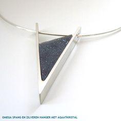 Jls: groove bead's side, lrg gauge inside band?? - -  spang-met-hanger-driehoek.jpg (600×600)