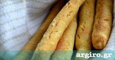Τυροκριτσίνια από την Αργυρώ Μπαρμπαρίγου | Απολαύστε αυτά τα θεοτράγανα κριτσίνια με τυρί σε κάθε περίσταση. Θα εξαφανιστούν όπου και αν τα σερβίρετε! Bread Art, Cheese Biscuits, Pastry Art, Breakfast Snacks, Baking And Pastry, Food Categories, Greek Recipes, Cooking Time, Biscotti