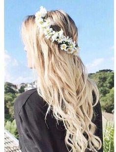 Blonde Curls & Flower Crown