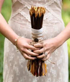 Google Image Result for http://www.bridalguide.com/sites/default/files/article-images/PHOTO-OF-THE-DAY/hunger-games-wedding-bouquet.jpg