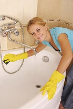 The Easiest Way to Clean Your Bathroom | DIYNetwork.com