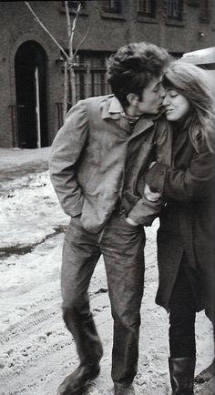 "The kiss - ""The Freewheelin' Bob Dylan"", by Don Hunstein"