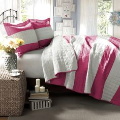 We love the striped design of this lovely bedding, perfectly pink for any feminine bedroom.