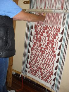 Inkle Weaving, Tablet Weaving, Weaving Art, Tapestry Weaving, Textiles, Textile Art, Blackwork, Lana, Crochet Patterns
