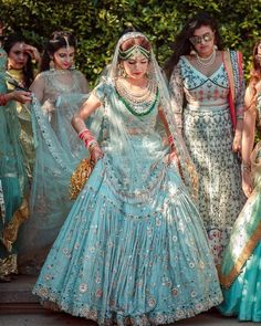 Are you looking for trendy pastel bridal lehenga inspiration? Check out the best pastel lehenga designs and trending colours for 2020 wedding season! Bridal Mehndi Dresses, Indian Bridal Outfits, Indian Designer Outfits, Bridal Gowns, Wedding Dresses, Bridal Hijab, Pakistani Bridal, Pakistani Dresses, Indian Dresses