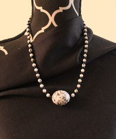 """Black and white deco enhanced beaded pendant necklace.  10"""" L."""