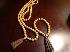 Japamala y brazalete tibetana de piedra jade con borlas de chocolates para mujeres y hombres...