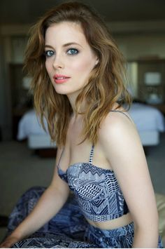 3c8cfa6fe6acb Gillian Jacobs in Mara Hoffman Elegant Girl