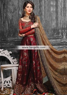You will be the center of attention in this red and beige satin net bollywood designer party wear saree. This saree is enhanced with beautiful embroidery work with resham and patch border work. Pakistani Couture, Pakistani Bridal Wear, Pakistani Wedding Dresses, Pakistani Outfits, Bridal Lehenga, Indian Dresses, Indian Outfits, Bridal Dresses, Wedding Sarees