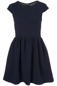 Super cute dress perfect for work this fall!