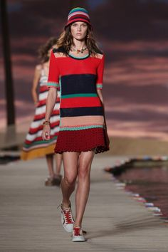 Tommy Hilfiger Women's - Spring 2016 New York Fashion Week