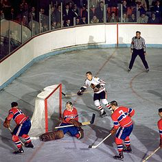 Habs Goalies - Charlie Hodge:Yesterday And Today - Habs Eyes On The Prize Hockey Shot, Ice Hockey Teams, Blackhawks Hockey, Hockey Goalie, Hockey Games, Chicago Blackhawks, Hockey Players, Hockey Stuff, Vancouver Canucks