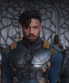 Black Panther's Villain Is Responsible For This Hair Trend #refinery29 https://www.refinery29.com/2018/02/191530/killmonger-michael-b-jordan-hair#slide-1