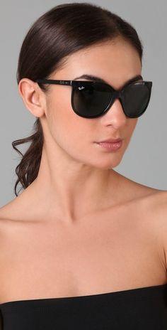 Ray Ban Cats Eye sunglasses