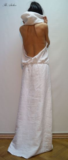 Obsessed with this white hooded linen maxi!!! WOW!!