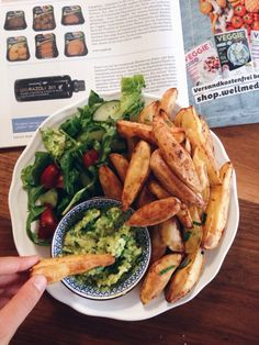 homemade potato wedges, fresh green salad & homemade guacamole
