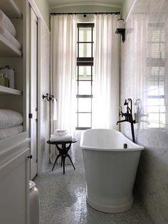Narrow-Bathroom-Design