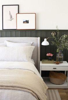 Home Bedroom, Bedroom Decor, Grey Wall Bedroom, Bedroom Signs, Bedroom Rustic, Bedroom Plants, Master Bedrooms, Bedroom Inspo, Bedroom Apartment