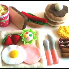 So going to make these for my son, he'd love playing with them!!! felt food