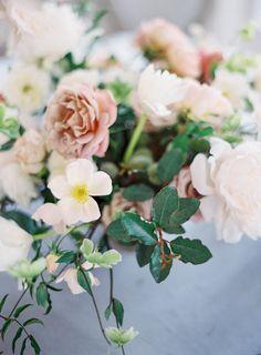 Jen Huang Carneros Inn Wedding Studio Mondine Gray Blue Linens by La Tavola