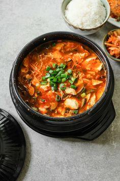 Tofu Recipes, Delicious Vegan Recipes, Asian Recipes, Ethnic Recipes, Recipies, Dinner Recipes, Vegetarian Recipes, Yummy Food, Sundubu Jjigae Recipe