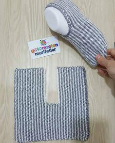 Best 12 Super Easy Slippers to Crochet or to Knit – Design Peak Super Easy Slippers to… – – SkillOfKing. Knit Slippers Free Pattern, Crochet Cowl Free Pattern, Crochet Slipper Pattern, Crochet Ripple, Crochet Slippers, Knit Or Crochet, Sewing Slippers, Baby Hats Knitting, Arm Knitting