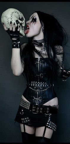 Getting sexy with death. This #Goth girl has some great attitude and layers