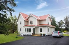 New England Hus, Red Roof House, House Goals, New Builds, Colour Schemes, Home Fashion, House Colors, Exterior Design, Sweet Home