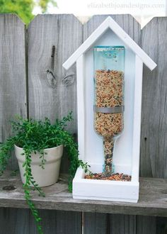 15 Incredible Backyard Ideas Using Empty Wine Bottles Hometalk Highlights's discussion on Hometalk. 15 Incredible Backyard Ideas Using Empty Wine Bottles – Your might want to save your empty wine bottles when you see. Outdoor Projects, Outdoor Decor, Outdoor Living, Outdoor Spaces, Outdoor Ideas, Empty Wine Bottles, Glass Bottles, Recycle Wine Bottles, Wine Glass