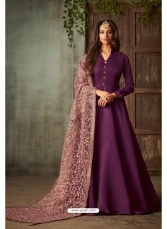 Purple And Mauve Embroidered Indian Anarkali Suit has a very finely minimalist embroidery detailed pure silk anarkali gown top with can can paired with santoon bottom and inner. The beauty part of. Robe Anarkali, Costumes Anarkali, Silk Anarkali Suits, Salwar Suits, Indian Anarkali, Indian Fashion Dresses, Indian Gowns, Abaya Fashion, Indian Outfits