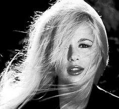 Aliki Vougiouklaki, greek film and stage actress,singer