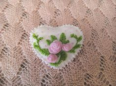 Valentines brooch Felt heart pin Handmade jewelry Accessories